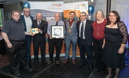 Mayor Mark Ward presents Community Endeavour Awards 2018 sumamry image